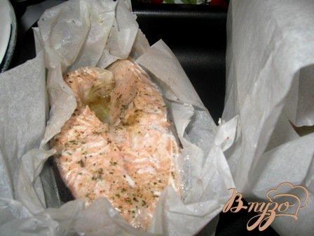 Запеченный  в пергаменте лосось