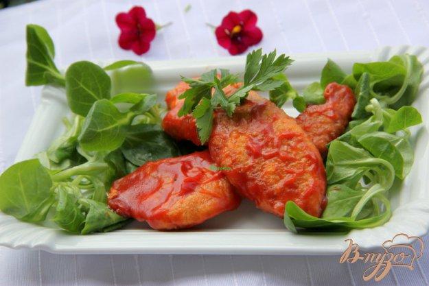 фото рецепта: Куриные кусочки в пикантном томатном соусе