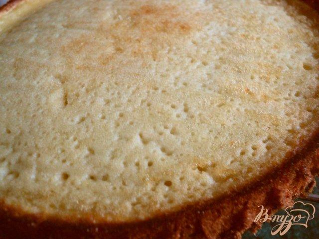 Фото приготовление рецепта: Торт « Клубника со сливками» шаг №2