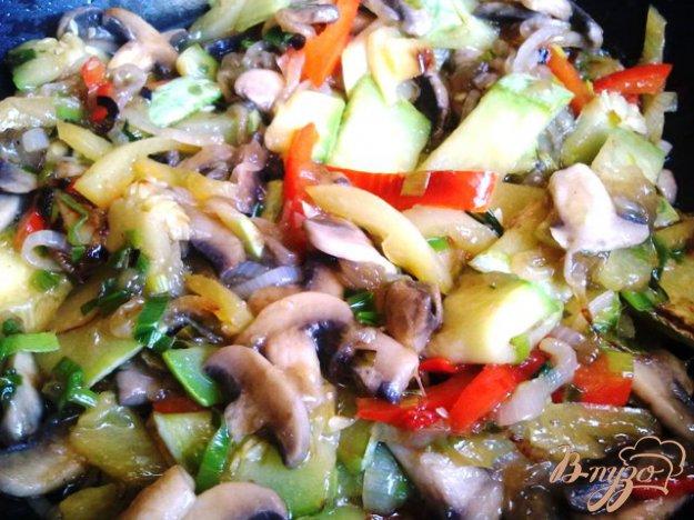 Рецепт Овощи и грибы в Воке