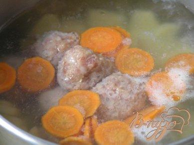 Суп с мясными шариками
