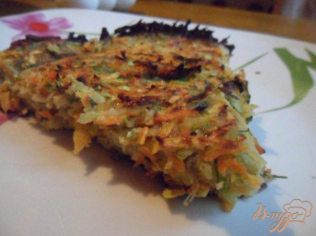 Фото приготовление рецепта: Овощной кугель шаг №6