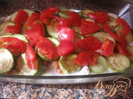 Лазанья с семгой и овощами.