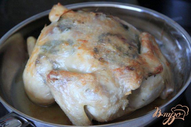Фото приготовление рецепта: Жареная курица в стиле