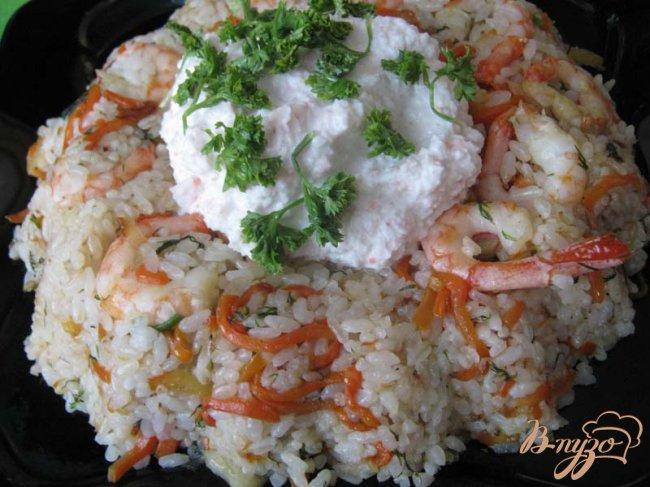 Фото приготовление рецепта: Рисовое кольцо с креветками шаг №11
