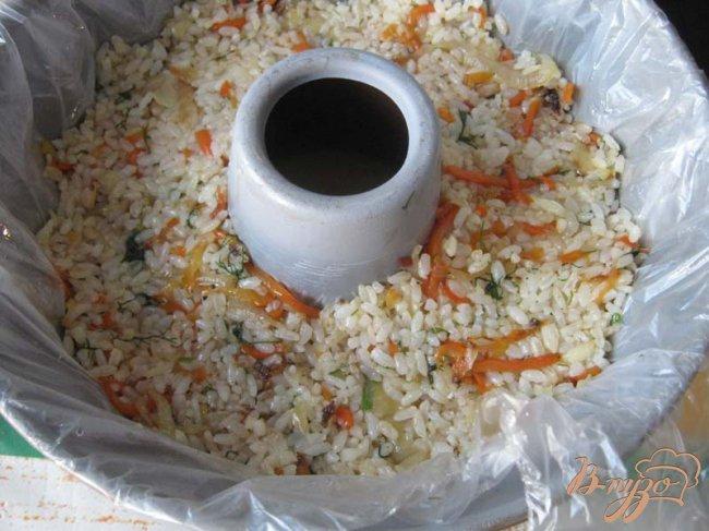 Фото приготовление рецепта: Рисовое кольцо с креветками шаг №8