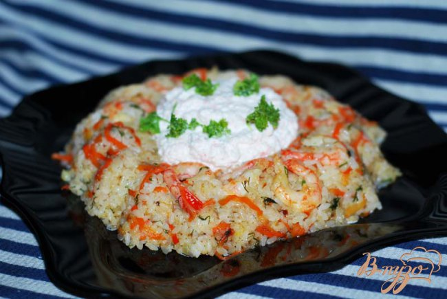 Фото приготовление рецепта: Рисовое кольцо с креветками шаг №12