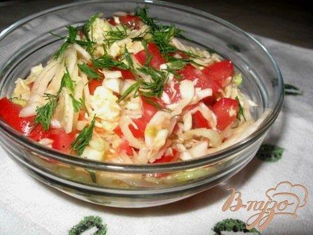 фото рецепта: Салат из капусты с помидорами
