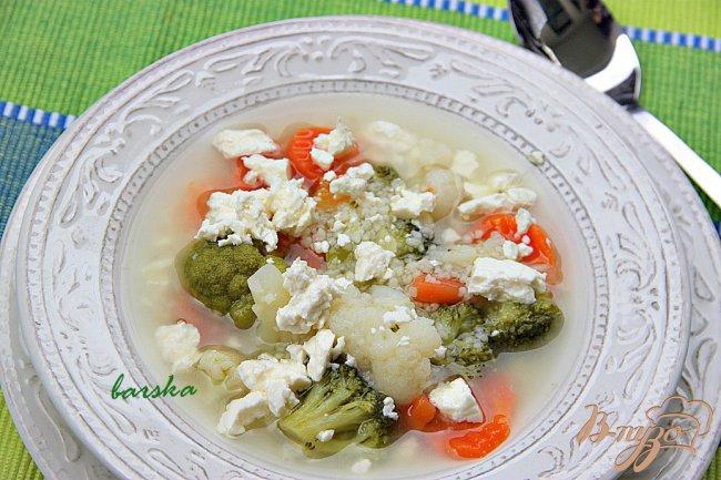 Фото приготовление рецепта: Быстрый овощной суп с кус-кусом шаг №3