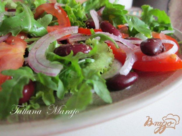 Рецепт Салат с томатами и красной фасолью