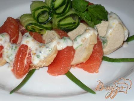 Салат с грейфрутом и курицей