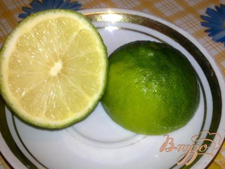 Ягодный напиток с базиликом и мятой