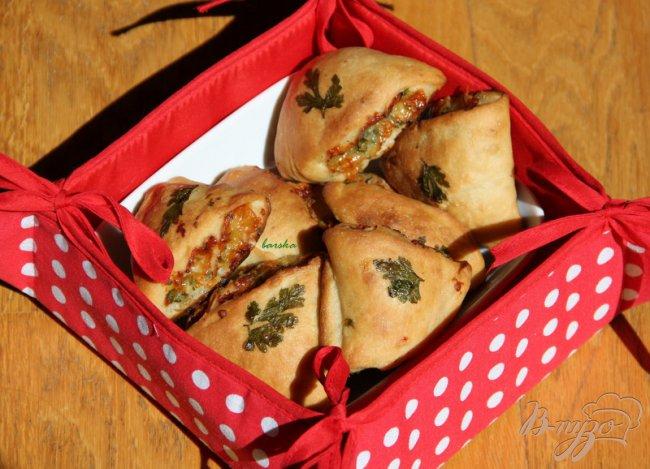 Фото приготовление рецепта: Хлебцы с сыром и петрушкой шаг №8