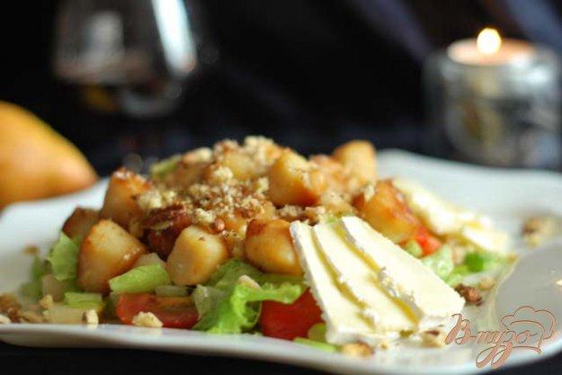 фото рецепта: Тeплый салат из морского гребешка