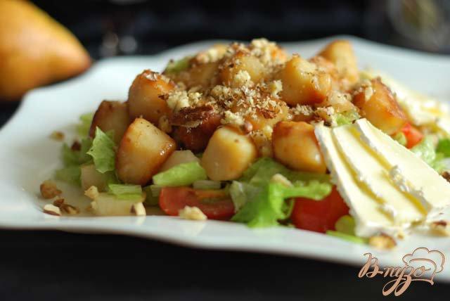 Фото приготовление рецепта: Тeплый салат из морского гребешка