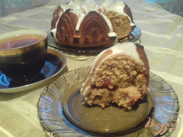 Рецепт Кофейный кекс с сушеной вишней.
