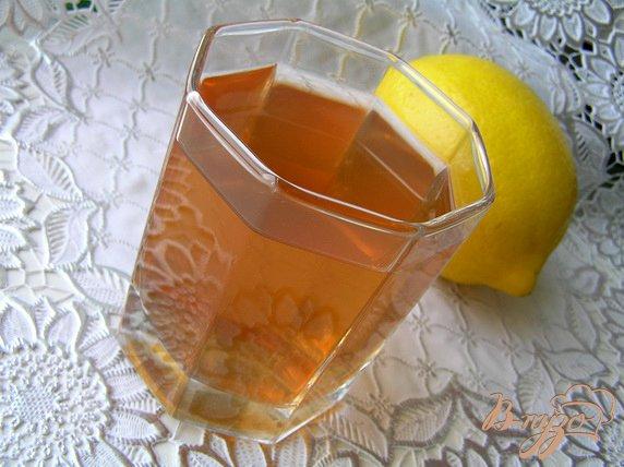 Рецепт Компот из крыжовника с клубникой, инжиром и лимоном