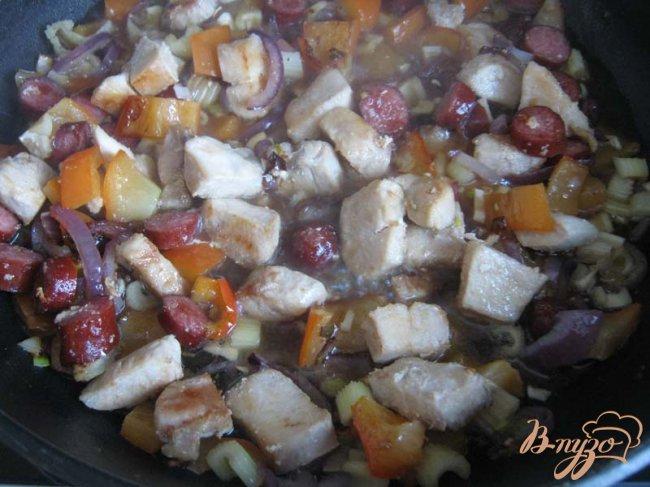 Фото приготовление рецепта: Джамбалайя шаг №7