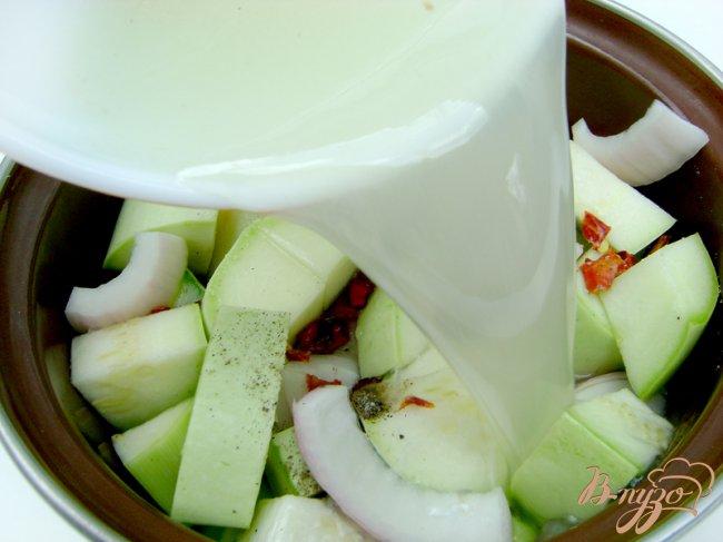 Фото приготовление рецепта: Кабачковый суп-пюре шаг №2
