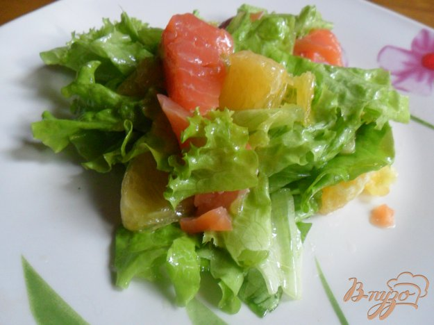 Салаты с лососем и апельсином