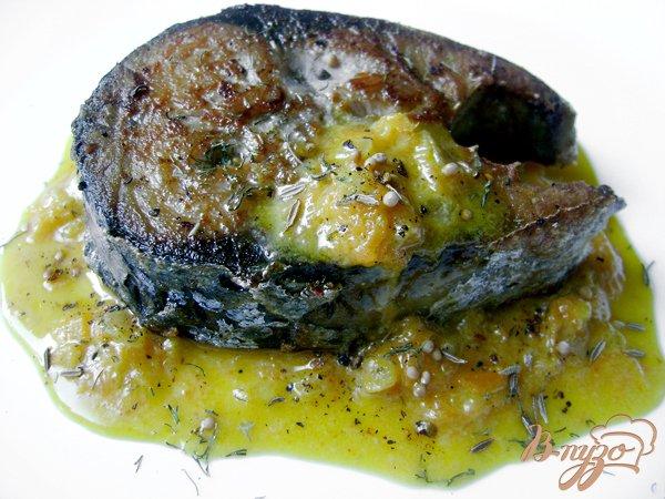 Рецепт Ароматный оливковый тунец с морковным соусом