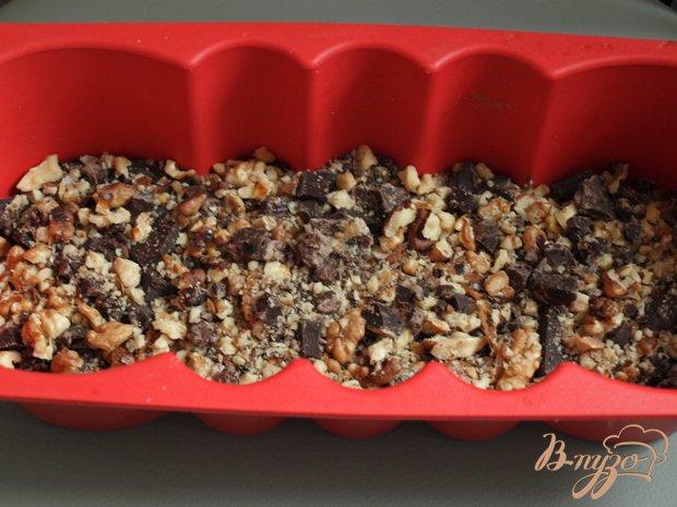 Фото приготовление рецепта: Бананово-шоколадный кекс шаг №2