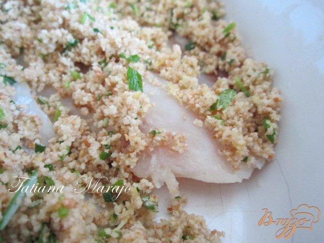 Фото приготовление рецепта: Рыбка  под хрустящей шапочкой шаг №2