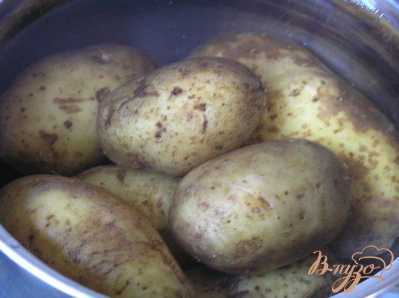 Фото приготовление рецепта: Аргентинский мясной пирог с картофелем шаг №7