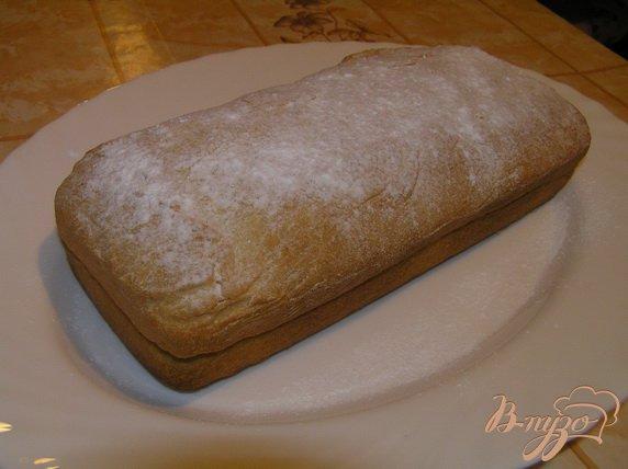 Фото приготовление рецепта: Десертный батон с шоколадом шаг №4