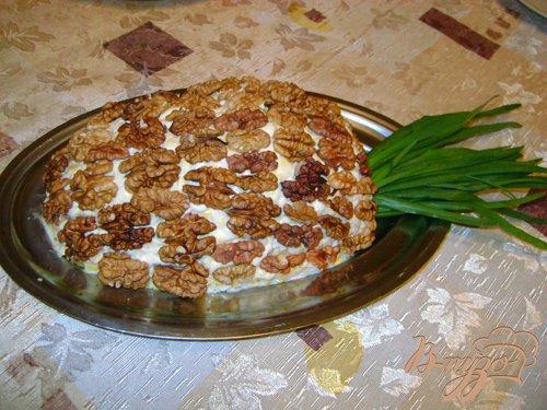 Салат «Ананас в ореховой шубке»