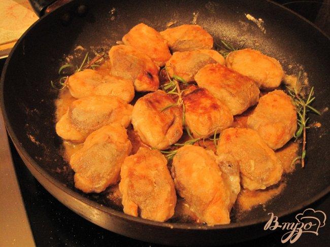 Фото приготовление рецепта: Медальоны из форели. шаг №4