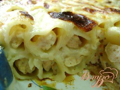 Запеканка из фаршированных макарон под сырным соусом!