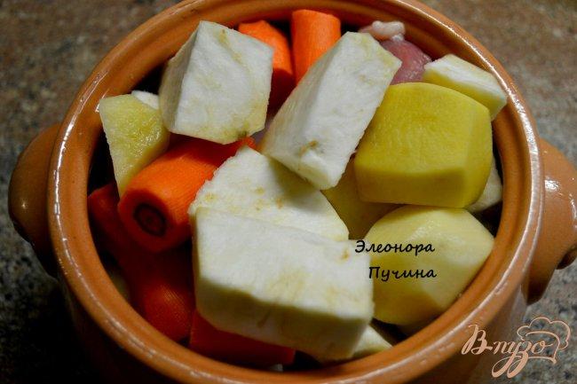 Фото приготовление рецепта: Суп-пюре в горшочке. шаг №1