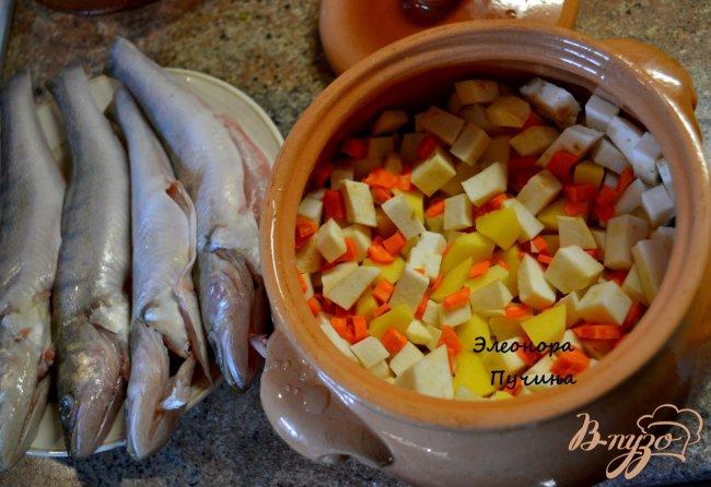 Фото приготовление рецепта: Уха в горшочке шаг №1