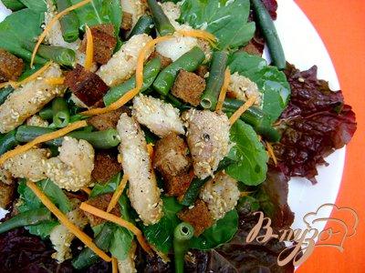Рецепт Салат «Новинка» со стручковой фасолью и рыбой
