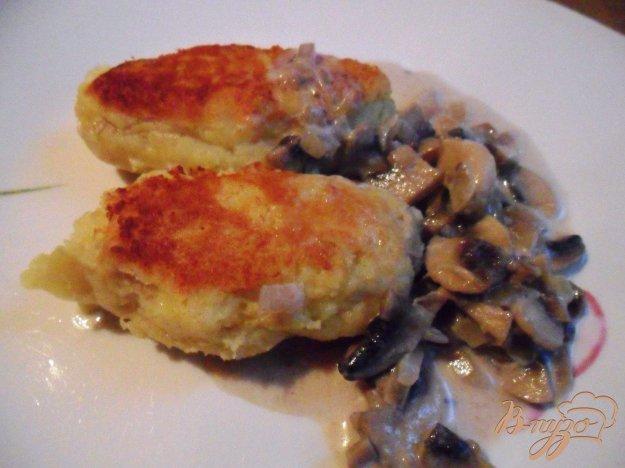 Рецепт Картофельные зразы с грибами и грибным соусом
