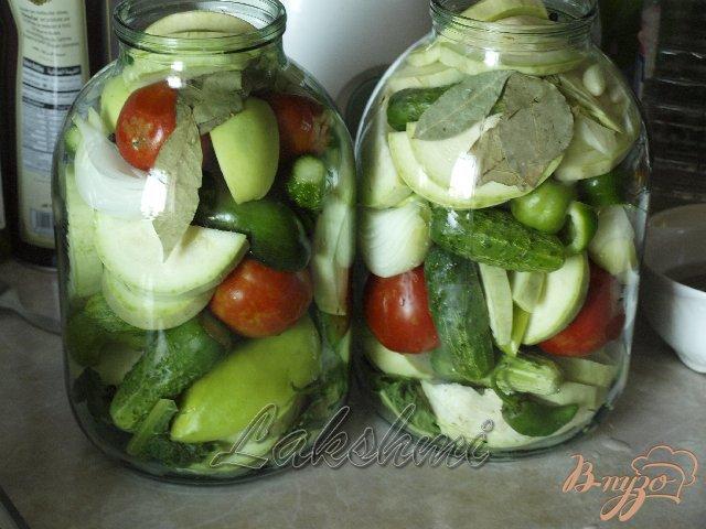 Фото приготовление рецепта: Овощное ассорти на зиму шаг №1