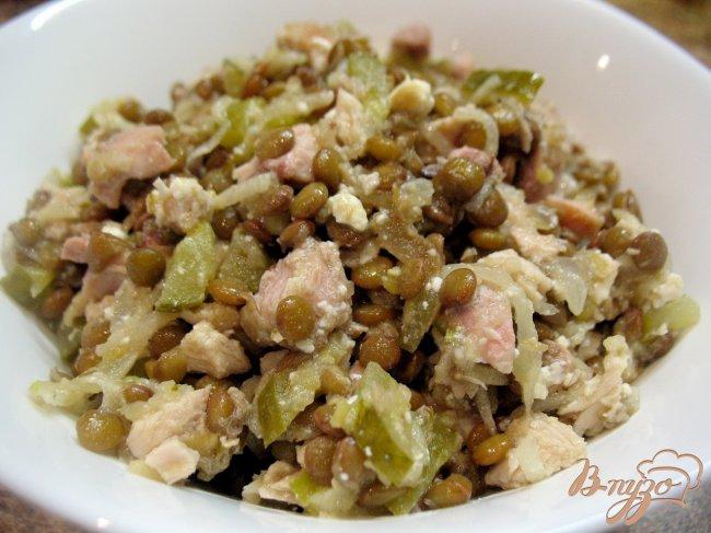 Фото приготовление рецепта: Салат из чечевицы. шаг №2
