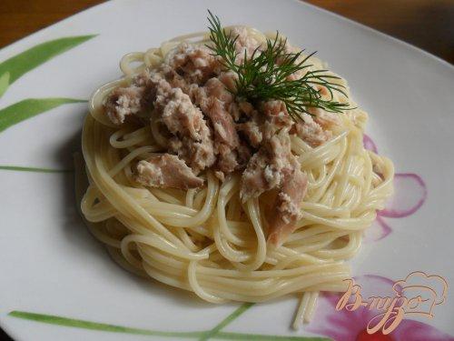Спагетти с рыбой в сливках