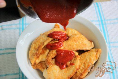 Куриные кусочки в пикантном томатном соусе