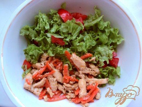 Салат с курицей в апельсиновом соусе