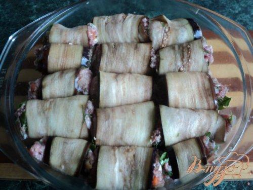 Рулетики из баклажан с мясом.