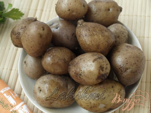 Постный картофельный салат с оливками