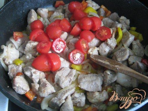 Картофельный пирог с мясом и овощами.