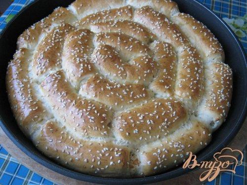 Хлеб с пармезаном и итальянскими травами.