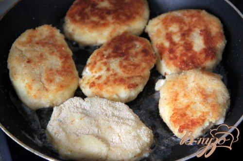 """Картофельно-сырные котлеты """"Хрустящий завтрак"""""""
