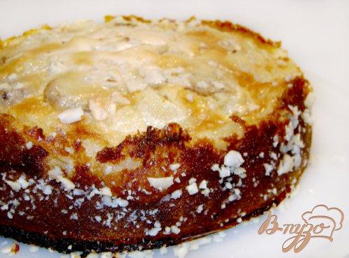 Пирог с фруктами под сметанным кремом