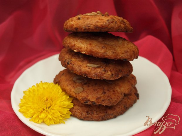 фото рецепта: Творожное печенье с семечками