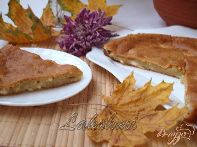 Фото приготовление рецепта: Болгарская лепёшка с брынзой шаг №4