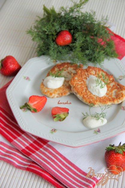 Рецепт Куриные оладьи с клубникой